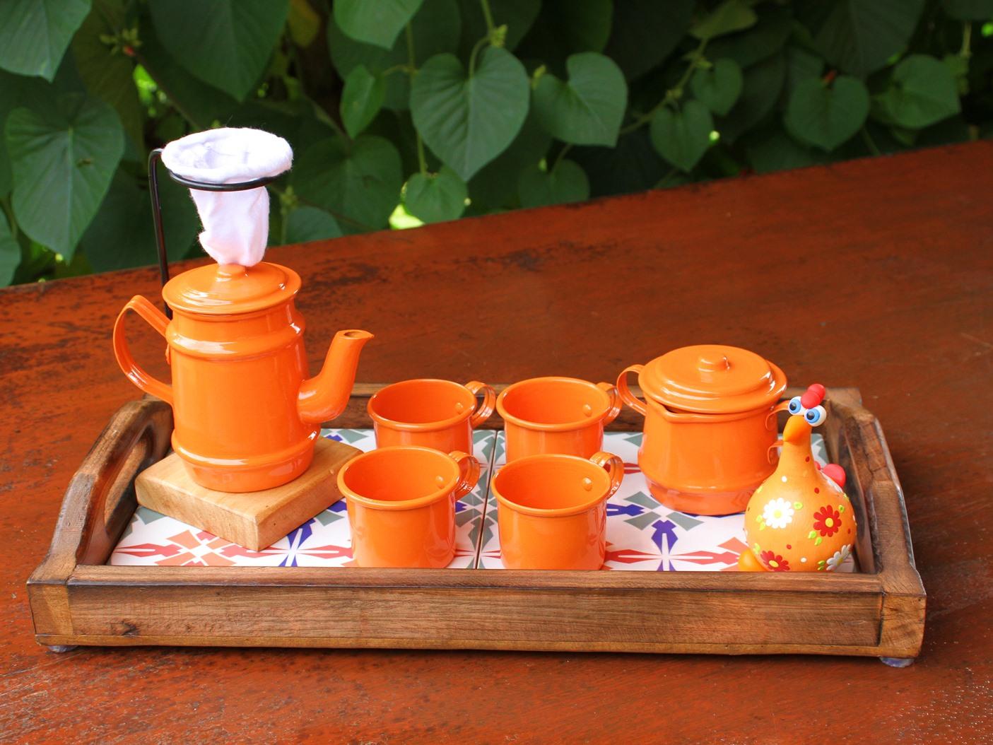 Kit Cafezinho de Bandeja Retrô com Galinha