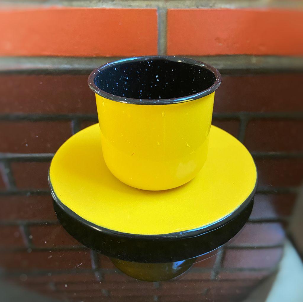 Xícara com Pires em Ágata Amarelo