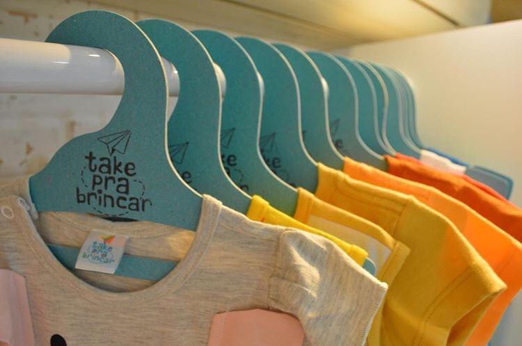 Cabide Ecológico Personalizado com sua Logo - Infantil Aberto -Laranja - CS101