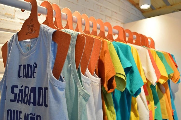 Cabide Ecológico Personalizado com sua Logo - Silhueta Juvenil  -Azul Ciano CS108