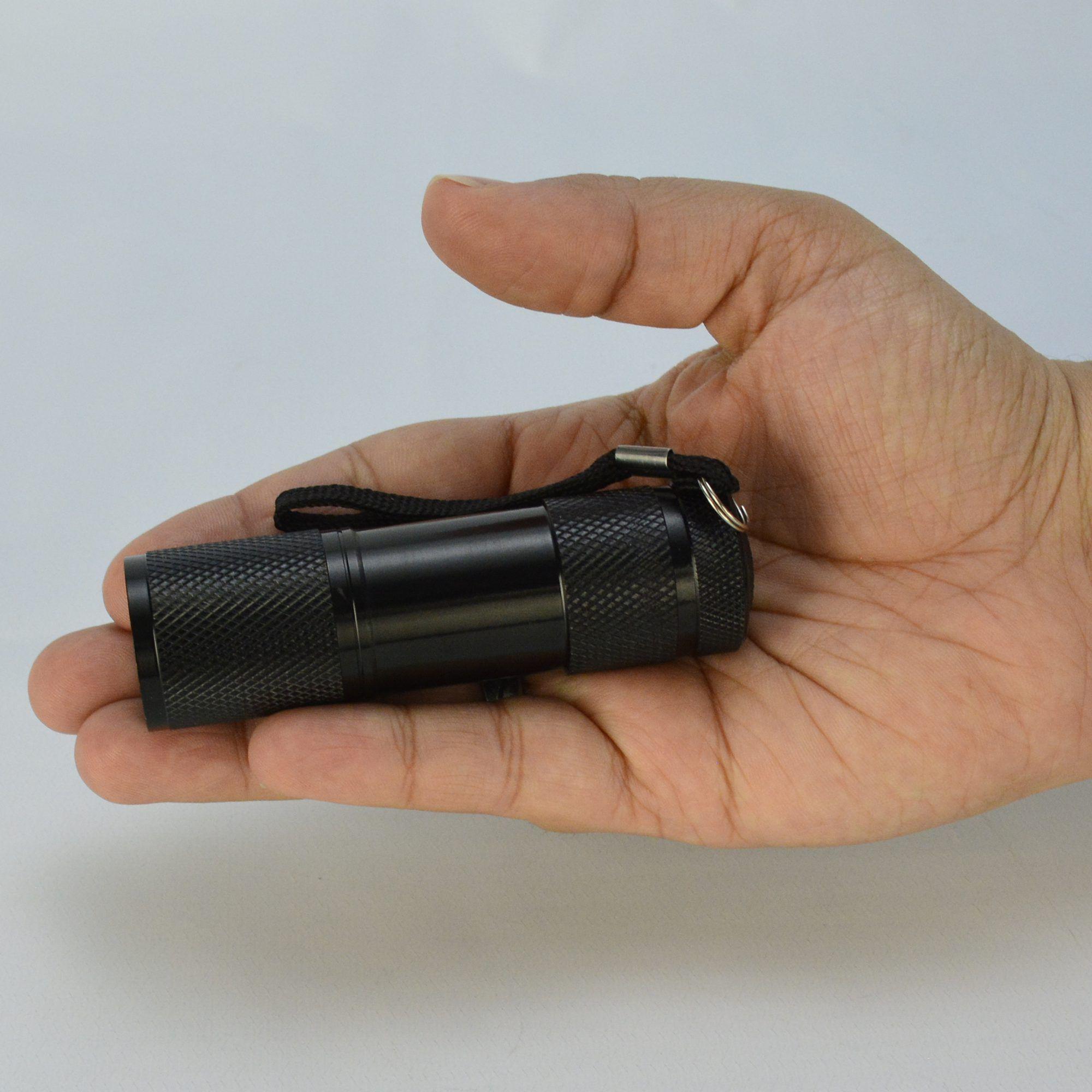 Detector de Dinheiro Falso Escorpião 9 LEDs UV Kit 5 Peças Preto CBRN11858
