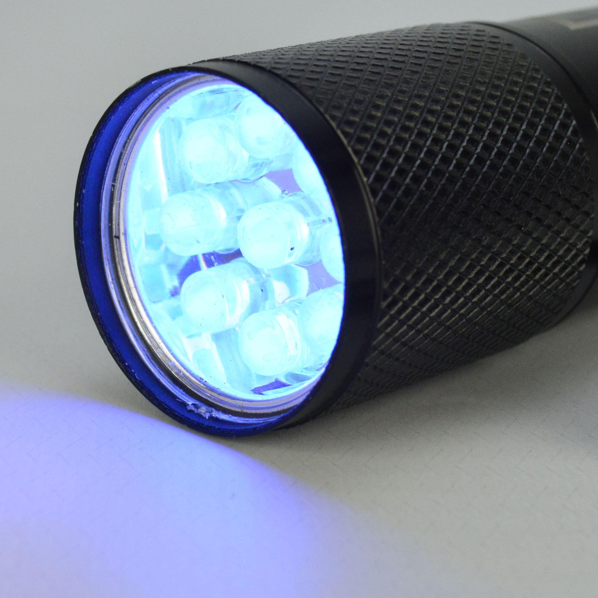 Detector de Dinheiro Falso Escorpião 9 LEDs UV Preto CBRN11810