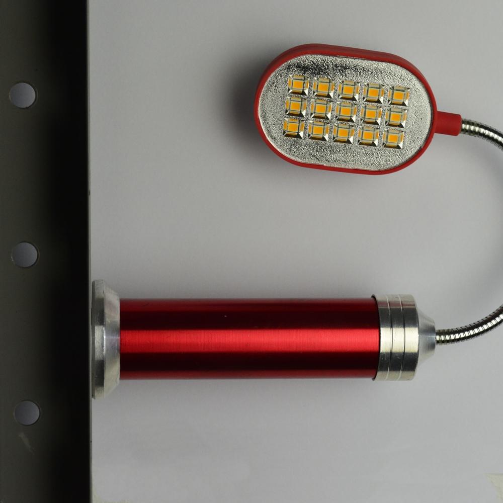 Lanterna de LED Flexível com Imã 30 LEDS Vermelho + Chaveiro CBRN16389