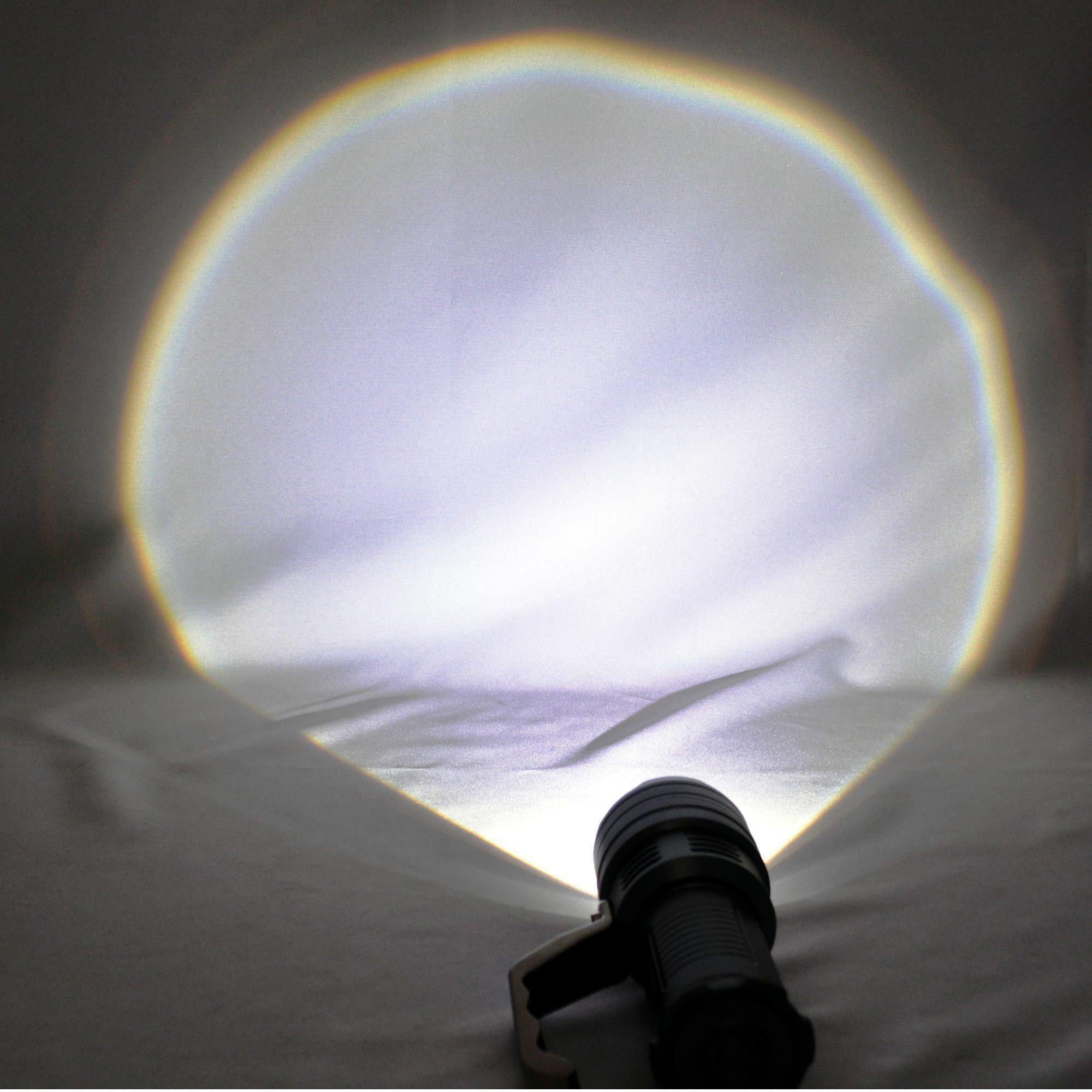 Lanterna LED Cree T6 tática Recarregável forte Prata 6 pilhas CBRN05628