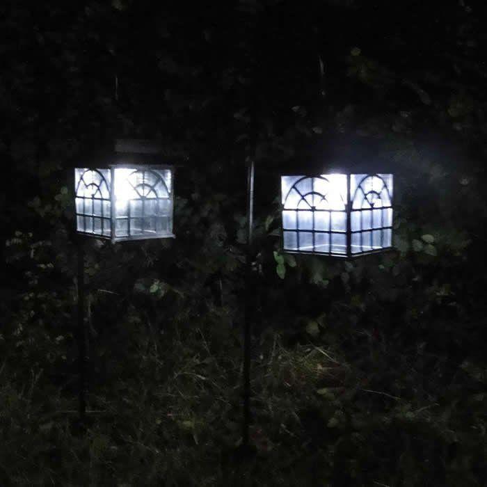 Luminária Solar Jardim 2 Peças PVC Rígido 1666 - EC23134-D1 com 4 painéis solares