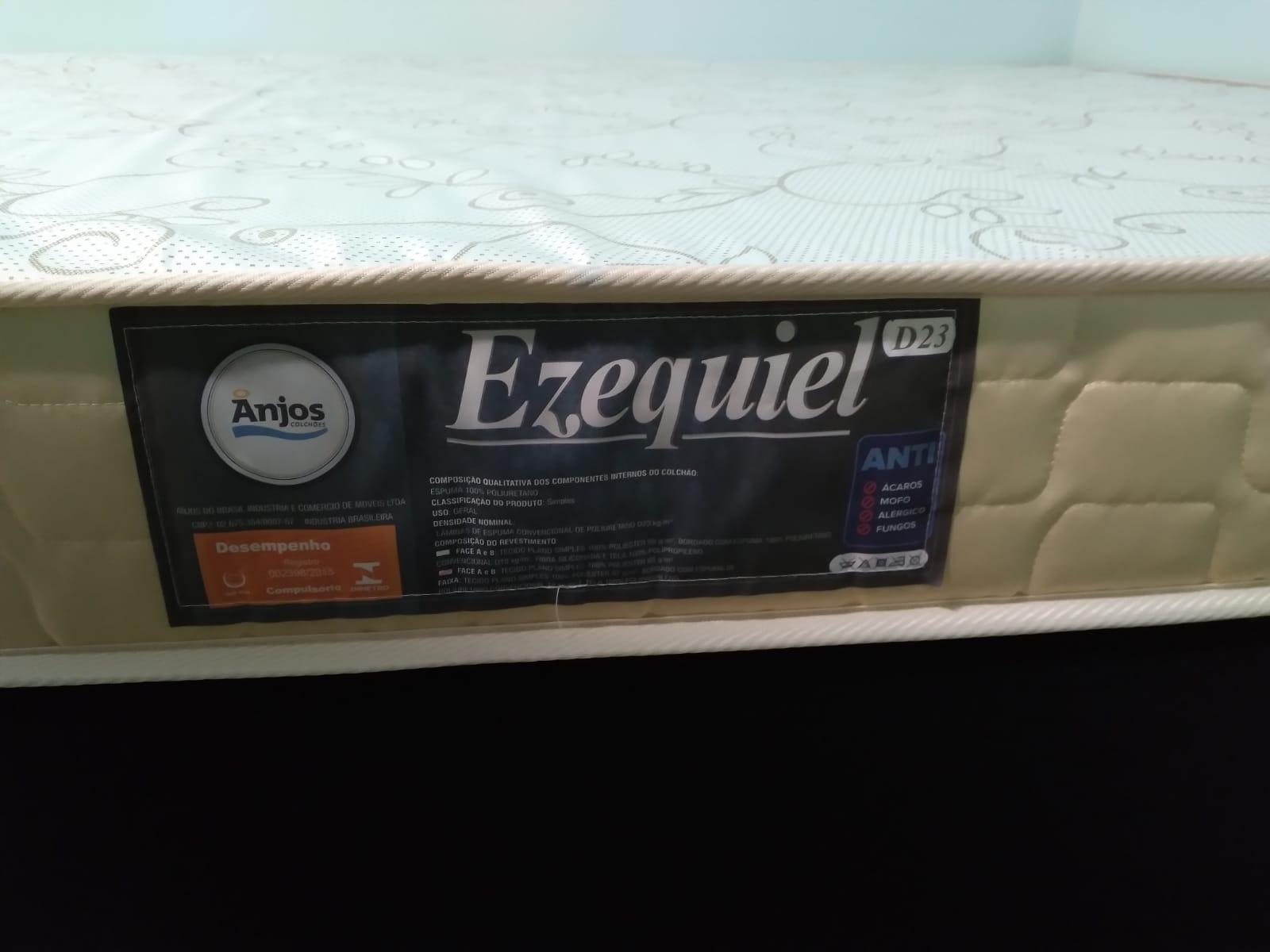 COLCHÃO DE CASAL D23 - ESPUMA - EZEQUIEL - 138X188