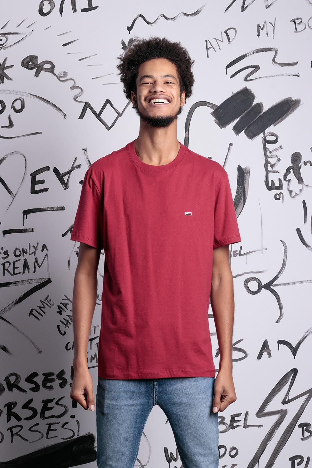 CAMISETA TOMMY JEANS CLASSIC TEE