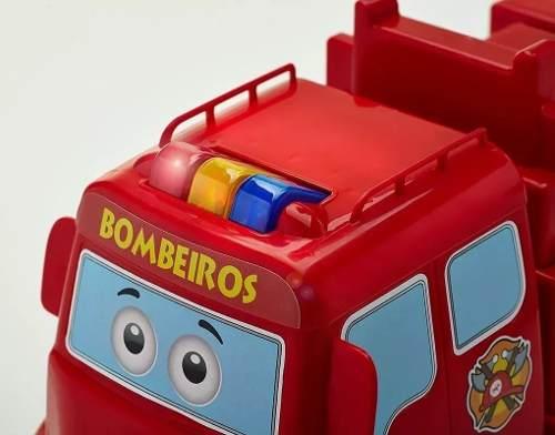 BOMBEIROS EM ACAO CALESITA 408 *