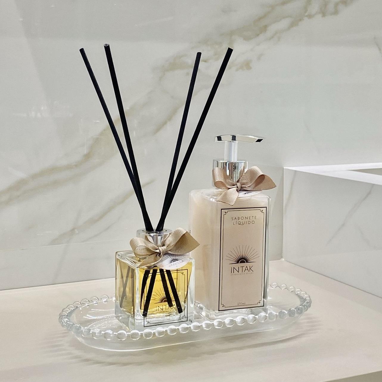 Kit  Bandeja Cristal Oval Balls P  com Difusor e Sabonete - Vanilla