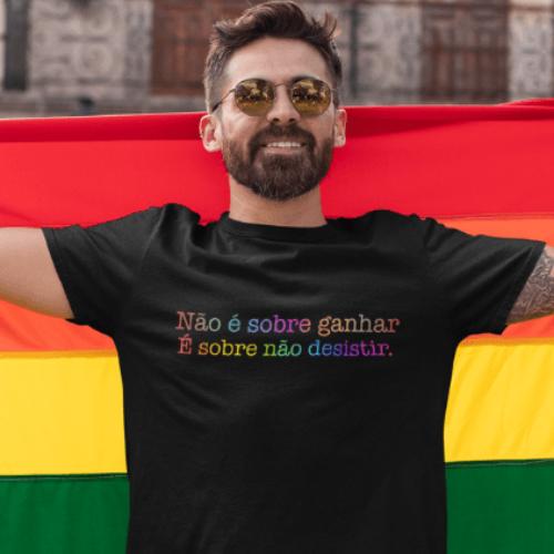 Camiseta Estampada LGBTQIA+ Preta Cladar - Lady Gaga