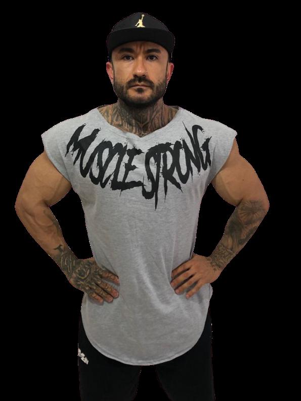 Camiseta Manga Japonesa Muscle Strong