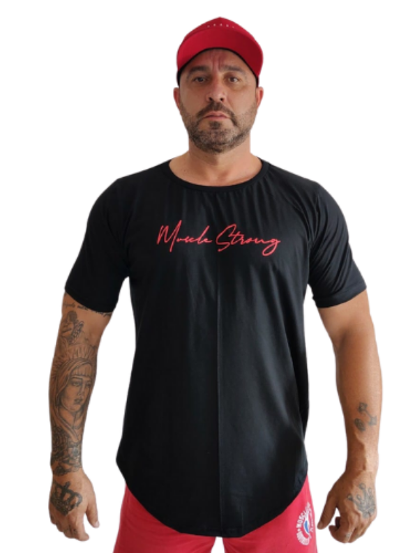 Camiseta Strong Fine Line