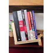 Aparador de Livros Leitora Feminista