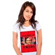 Camiseta Branca Cores de Frida Cores de Almodóvar