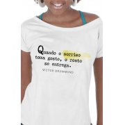 Camiseta Branca Sorriso toma gosto