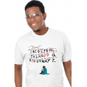 Camiseta Branca Stranger Things