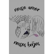 Camiseta Cinza Nossos Beijos