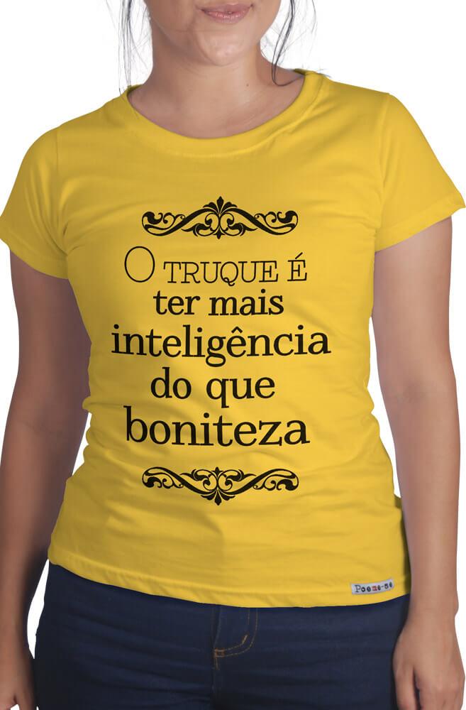 Camiseta Amarela O truque é ter mais inteligência