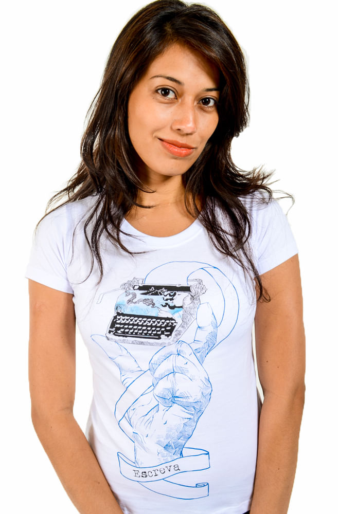 Camiseta Branca Máquina de Poemas