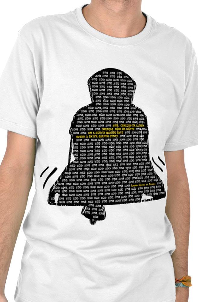 Camiseta Branca O Amor em Cordel: Correia de Oliveira