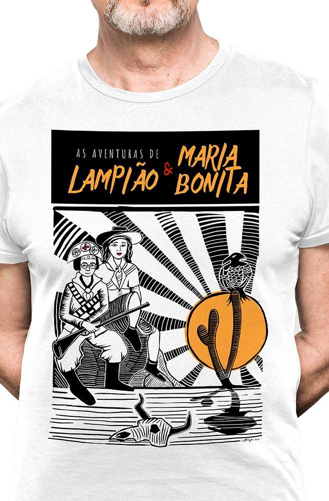 Camiseta Branca O Amor em Cordel: Lampião e Maria Bonita