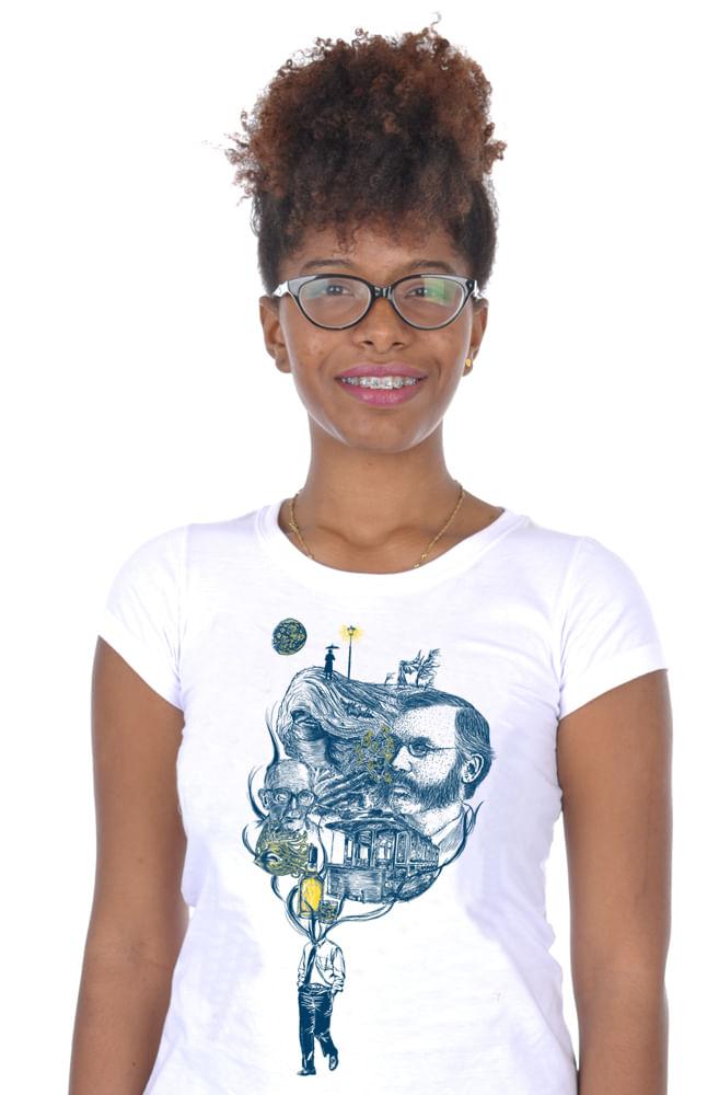 Camiseta Branca Poema de Sete Faces