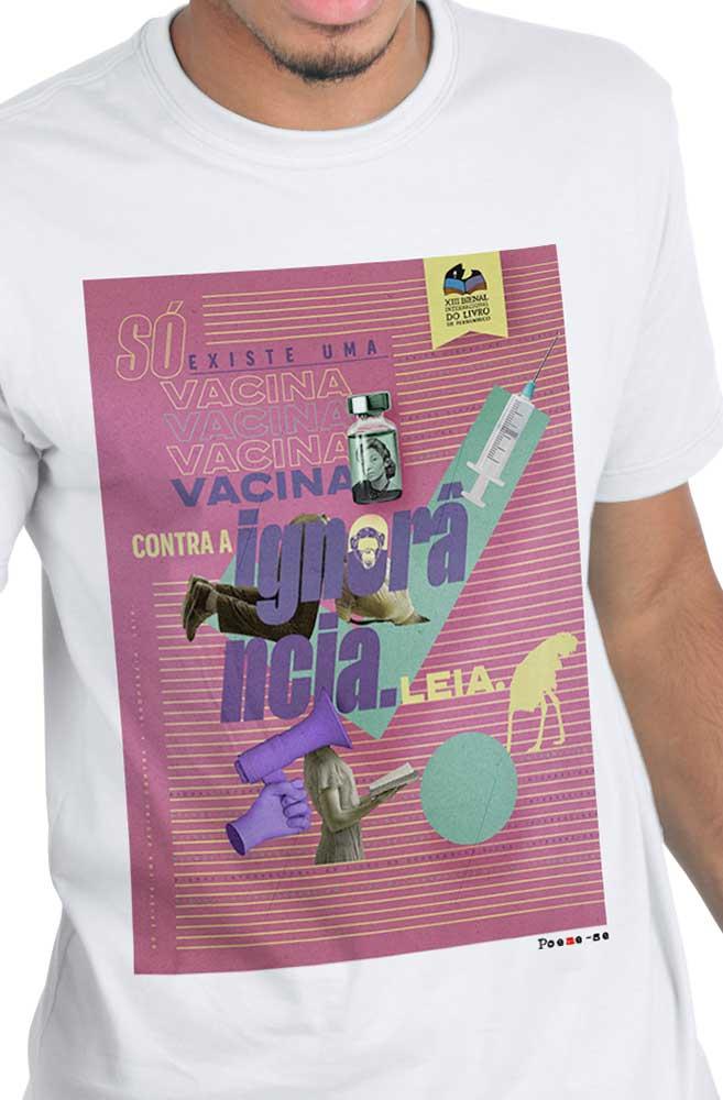 Camiseta Branca Vacina contra Ignorância