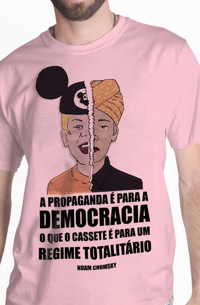 Camiseta Rosa O Questionamento de Noam Chomsky