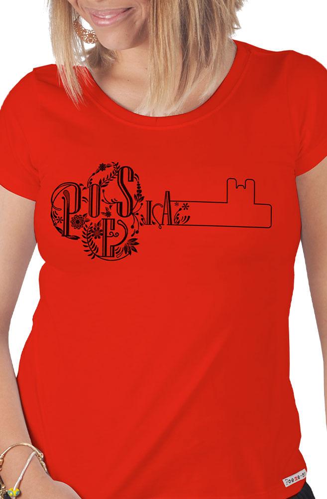 Camiseta Vermelha Poesia é a Chave