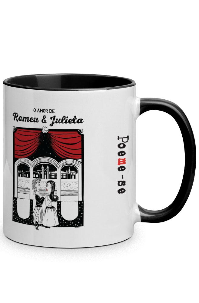 Caneca O Amor em Cordel: Romeu e Julieta com alça preto