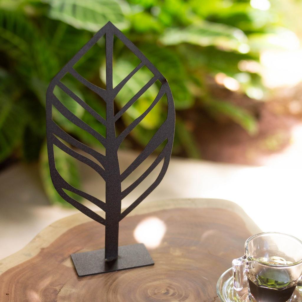 Escultura de Mesa Folha de Bananeira
