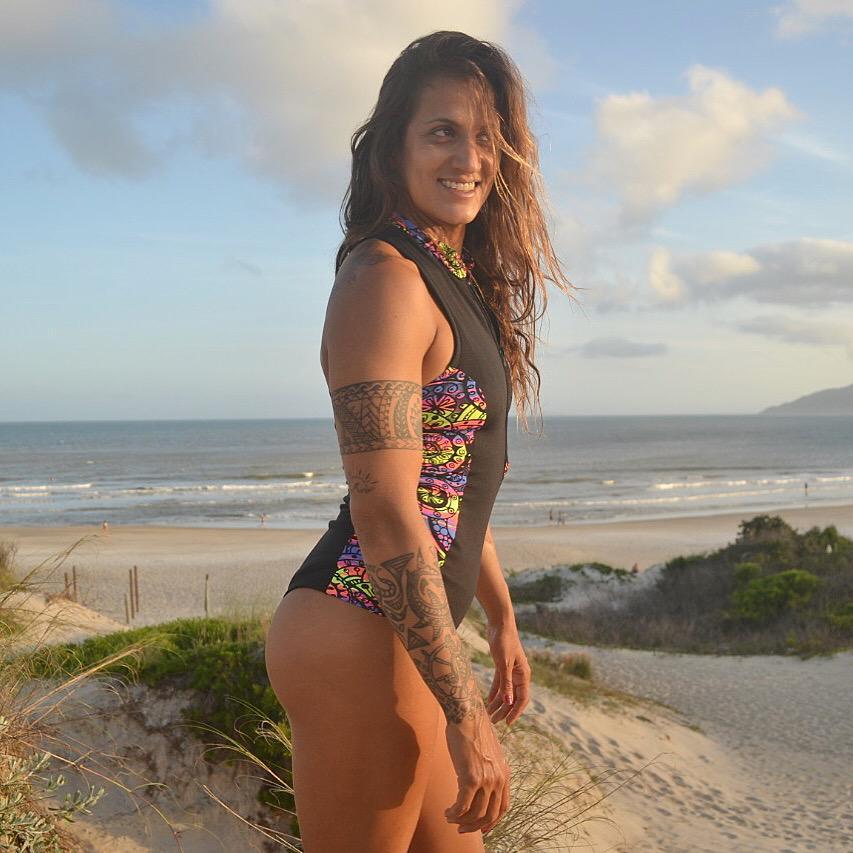 MAIÔ SURF ZÍPER COSTAS NADADOR PAÚBA  - Preto e Mandala