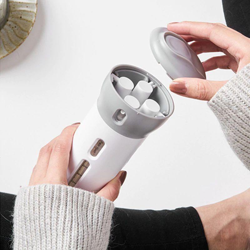 Garrafa Portátil 4 em 1 Dispensador com 4 Frascos Para Shampoo Loção Sabão Recarregável  - Mundo Thata