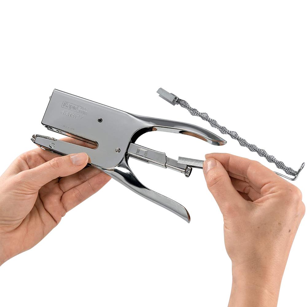 Grampeador Alicate Classic de Aço Cromado Manual Tapeceiro para Grampos Tamanho 24/6-8 Grampeia até 50 Folhas  - Mundo Thata