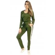 Conjunto canelado verde militar com listra branca