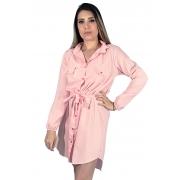 Vestido chamise rosa bebe em viscose, manga longa com punho, acompanha cinto.