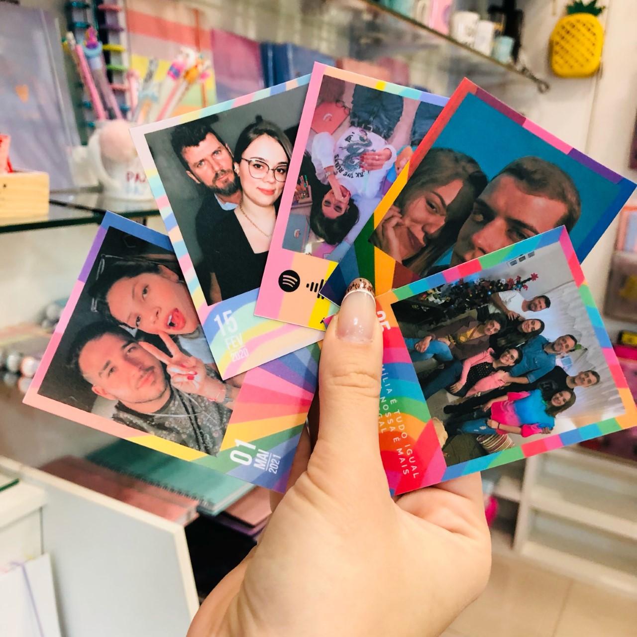 Pack de Fotos Polaroid Autoadesivas Coloridas EMPLACA