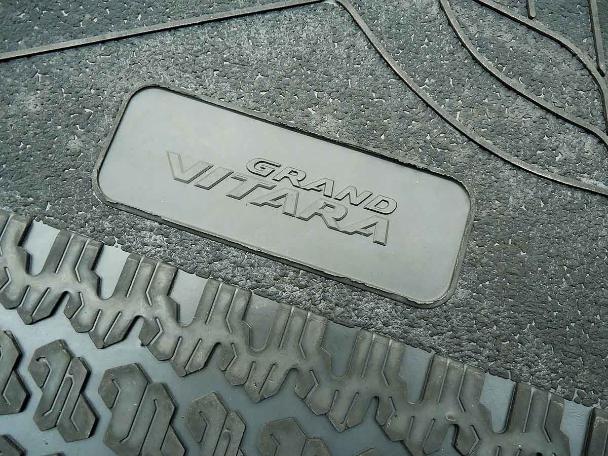 Tapete de borracha Grand Vitara 1998 a 2003