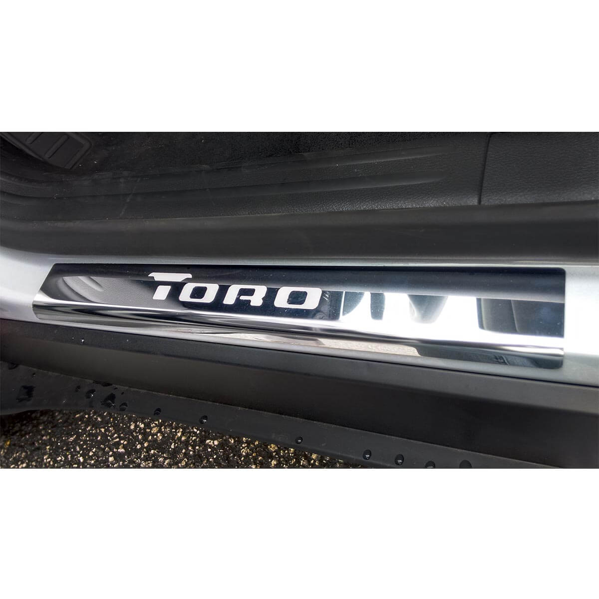 Protetor de soleira aço inox Fiat Toro 2017 2018