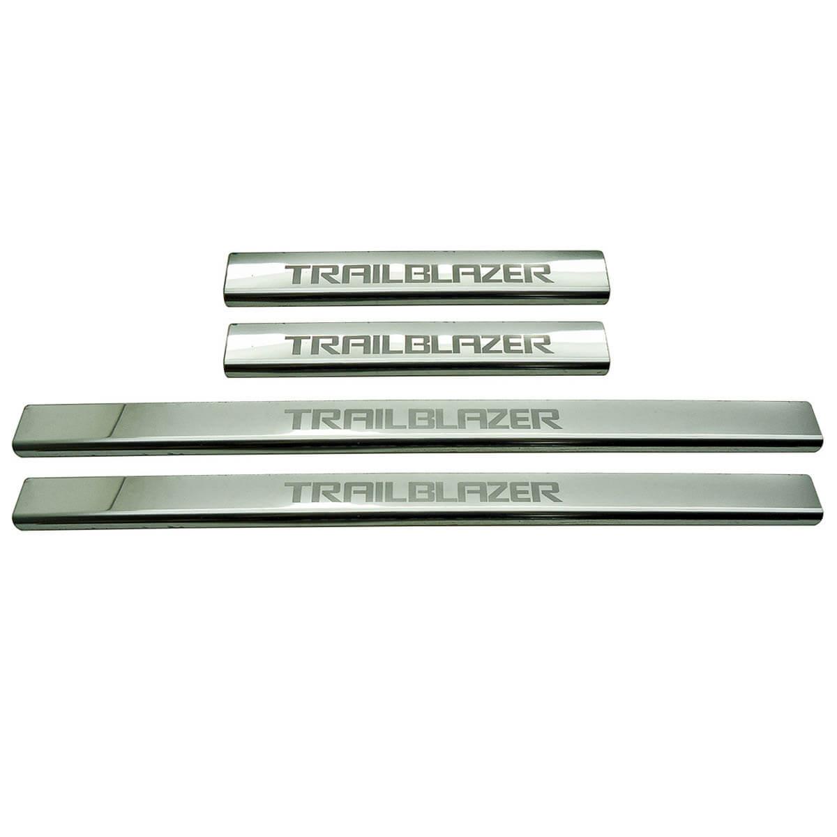 Protetor de soleira aço inox Trailblazer 2013 a 2017