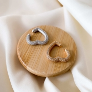 Piercing de encaixe  love coração cravejado zircônia branca banhado em ouro 18k - ródio