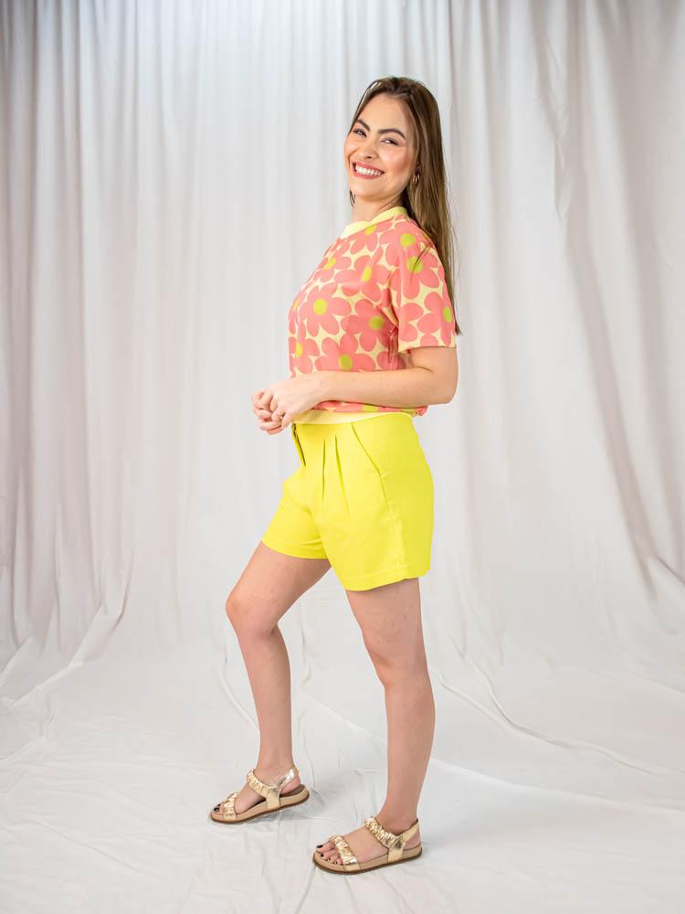 Blusa Flores Gola  - Carmelina.com.br