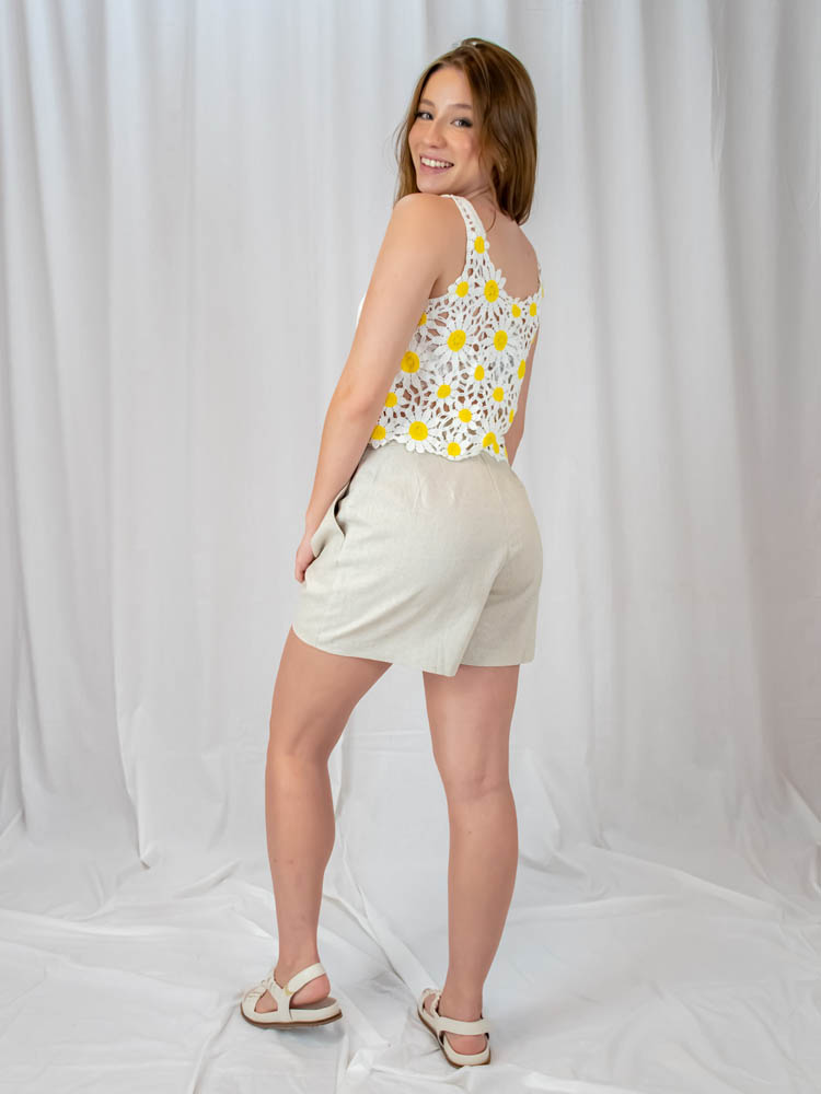 Short Linho Martingale Areia  - Carmelina.com.br