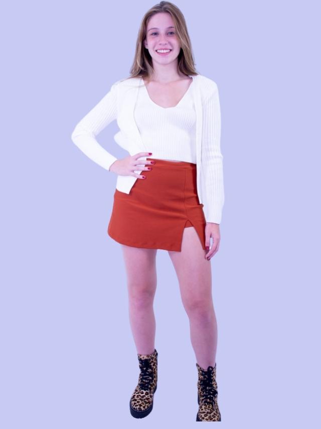 Short Saia Fenda Terra  - Carmelina.com.br