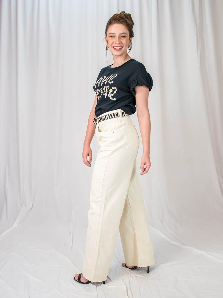 Tshirt Margarida Awesome Preta  - Carmelina.com.br