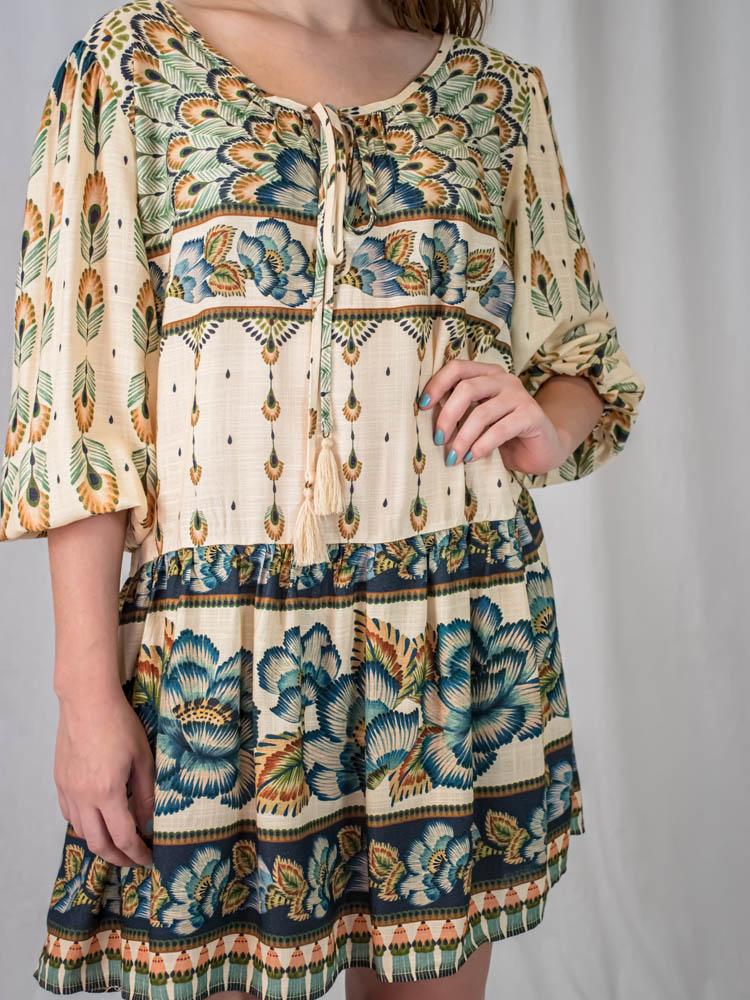 Vestido Curto Farm Flor de Penas  - Carmelina.com.br
