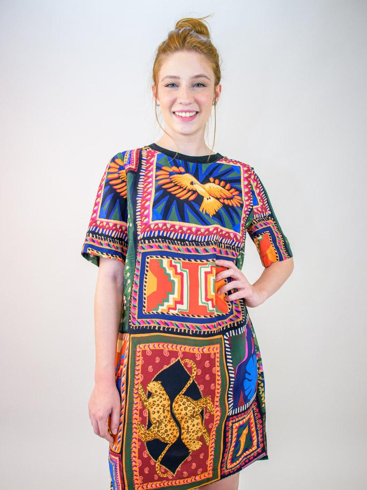 Vestido Tshirt Farm Tapeçaria Patch  - Carmelina.com.br