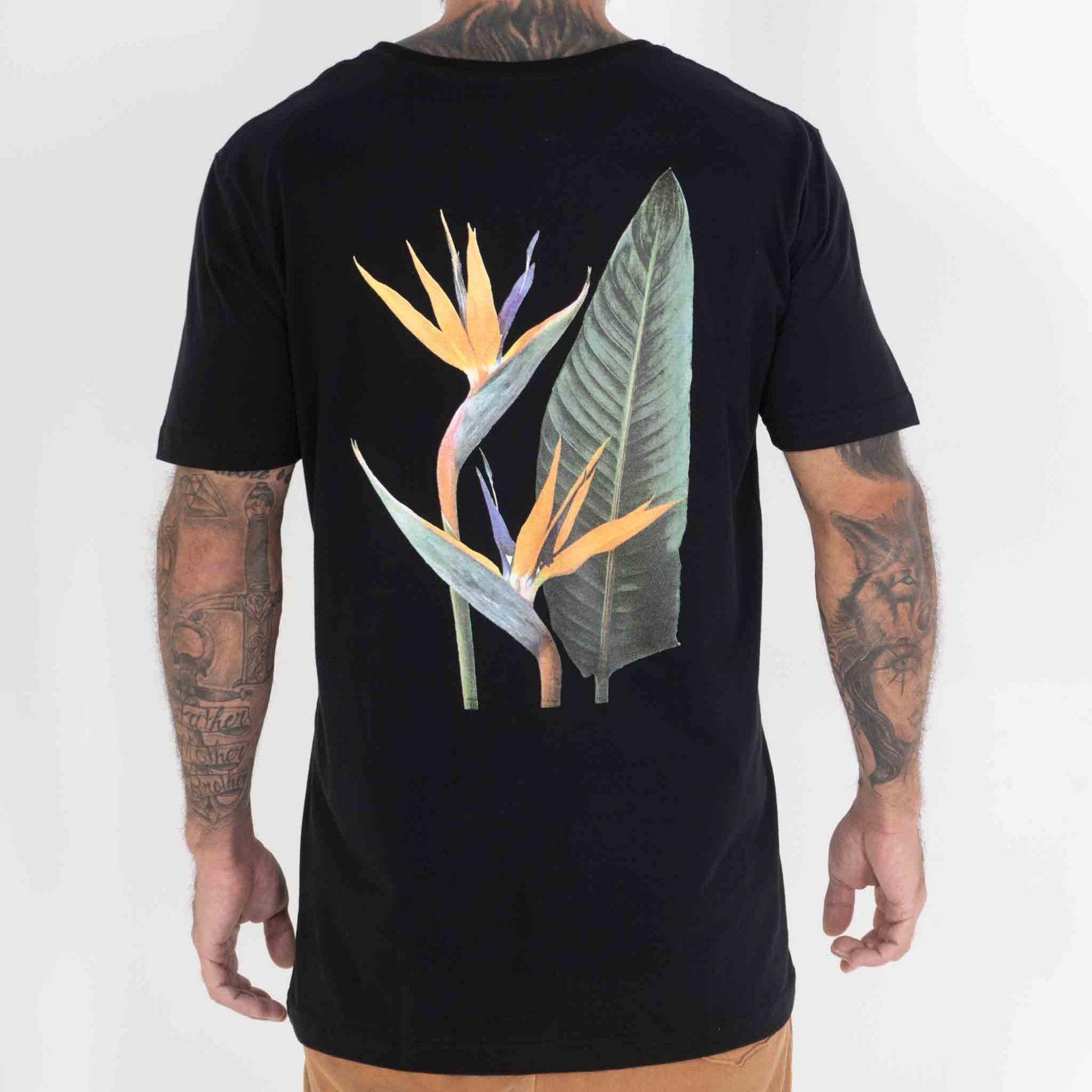 Camiseta Flor Policromia
