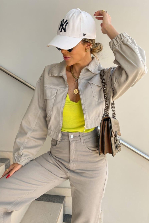 Jaqueta sarja recortes e bolso