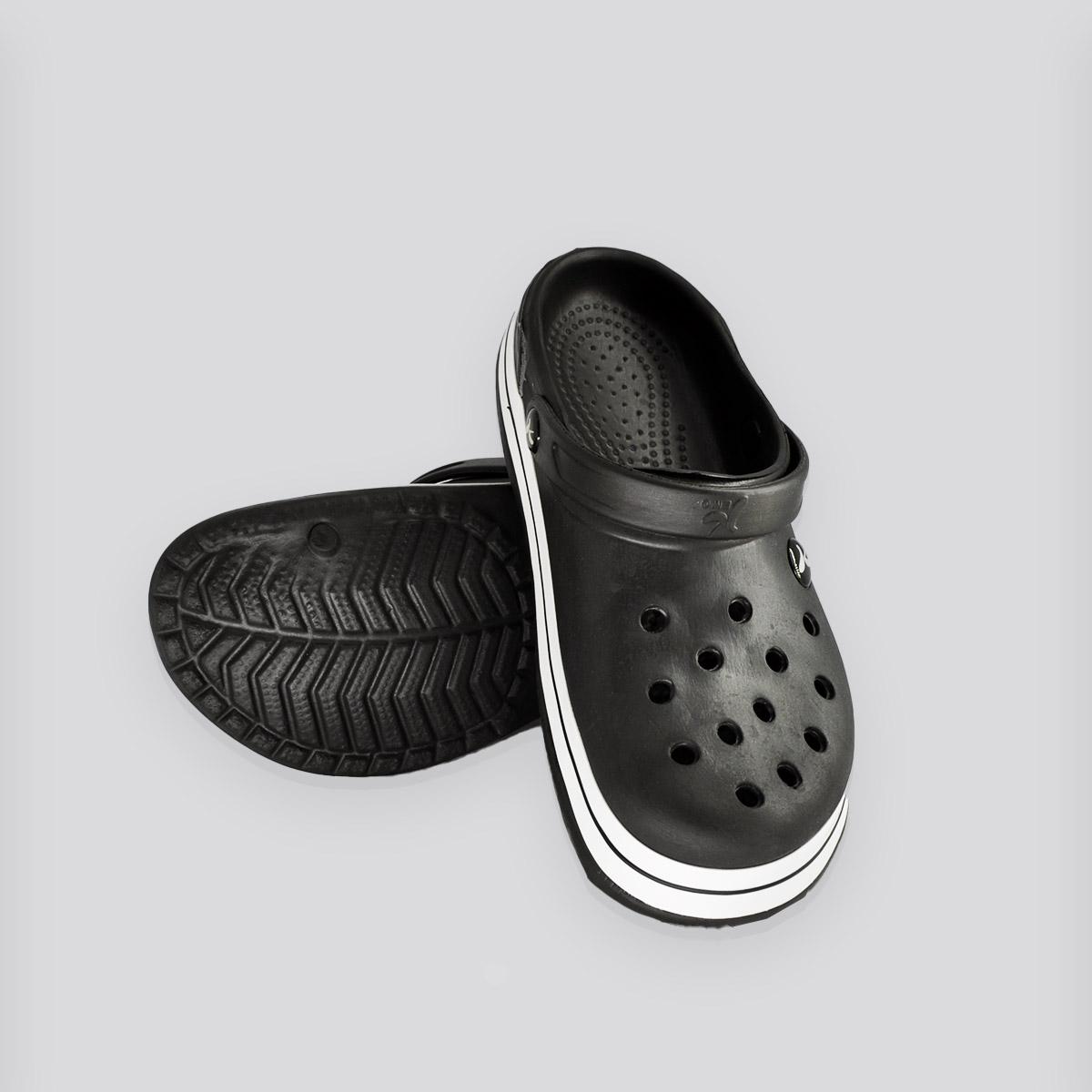 Chinelo Crocs kemo Preto